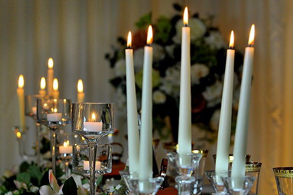 Create The Right Ambience With Soft Candelight