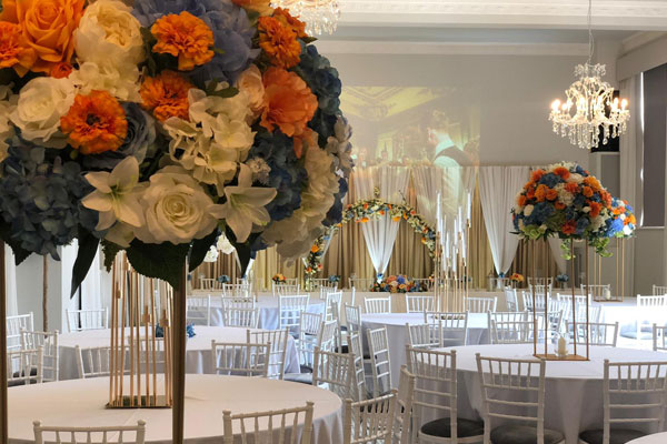 Create Magical Visions With Floral Centrepices