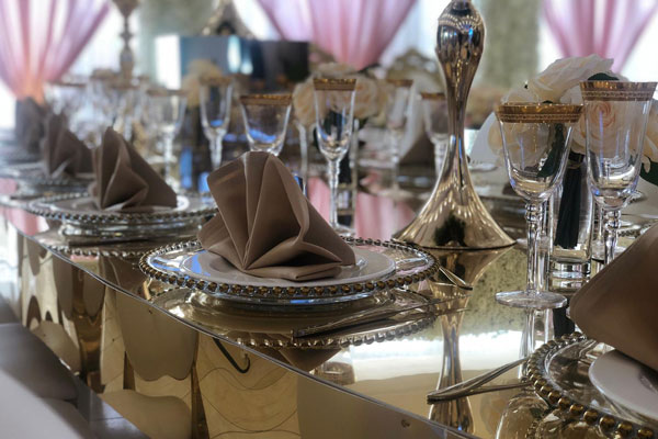 Gold Mirror Family Tables For Weddings