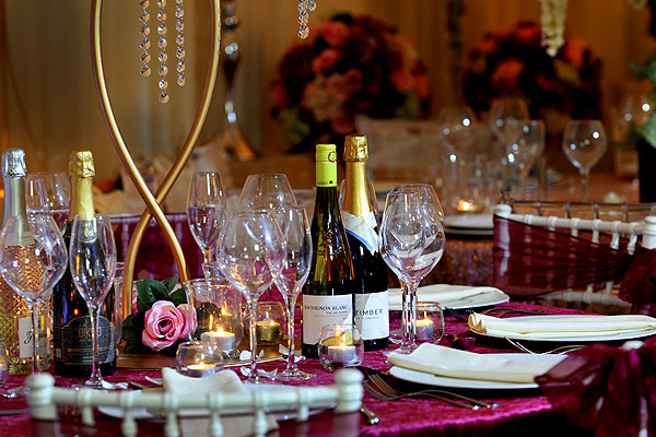 The Addition Of Colour Accents Highlights Your Table Settings