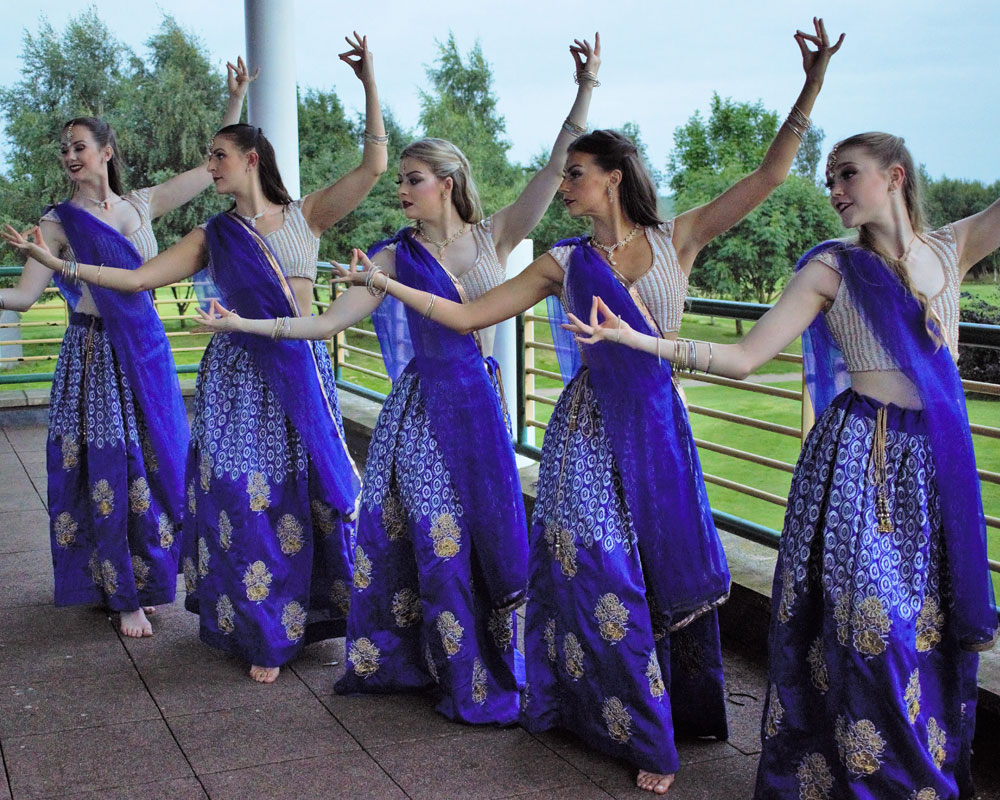Bollywood fusion dancers for weddings uk