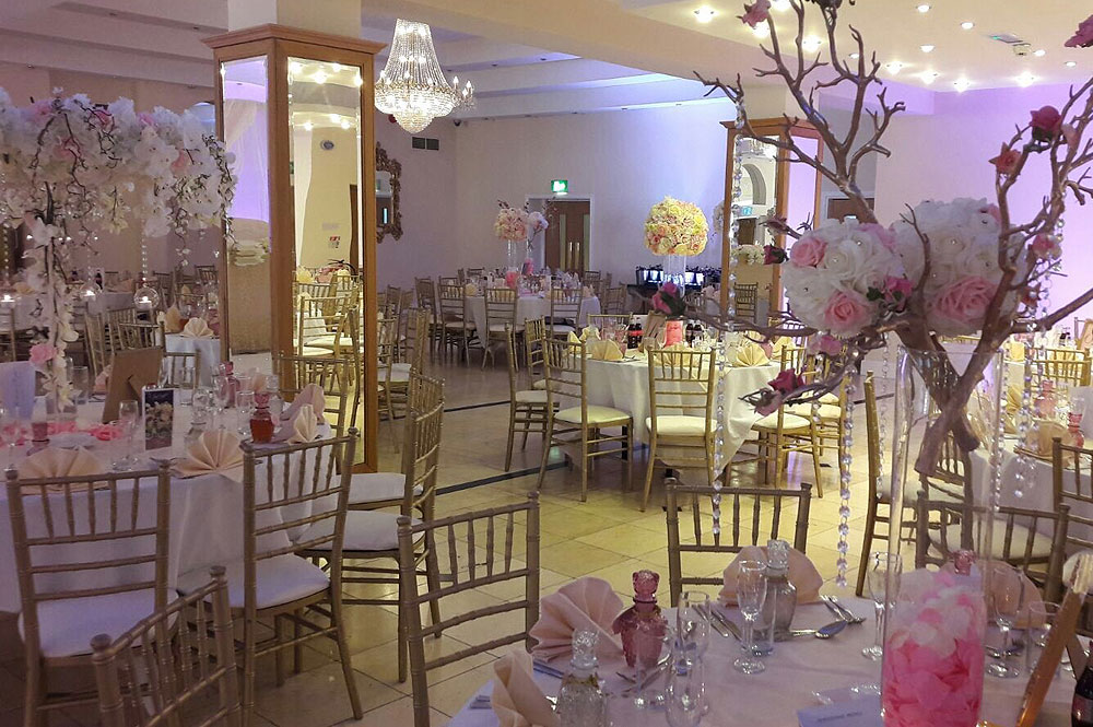 Gold Chiavari Wedding Chair Hire The RAAJ