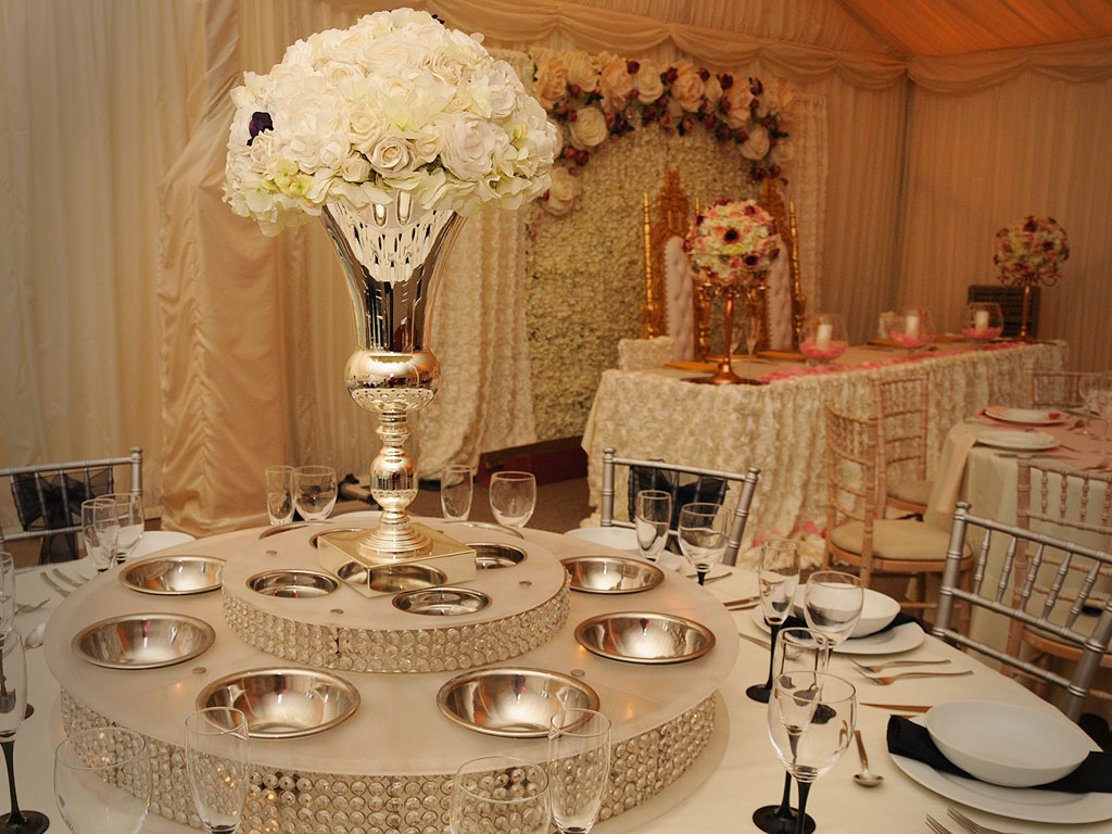 Lazy Susan Hire For Wedding Amp Events Uk The Raaj